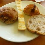 フジエダハウス - パン食べ放題