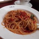 イタリアントマト カフェジュニア - トマトソースパスタ