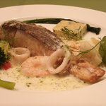 Siuil a Run - 本日鮮魚のポワレ ¥850
