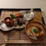 懐石 宿 扇屋 - 料理写真:食前酒、先付、八寸