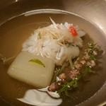 懐石 宿 扇屋 - 椀物 牡丹鱧の清汁仕立て