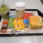 マクドナルド - エッグマックマフィンとサイドサラダのセット