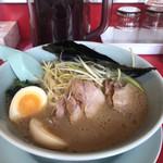 ラーメン山岡家 - 醤油ネギチャーシュー(JAF味玉)¥970
