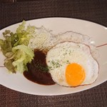 AKIO.S BAR - 料理写真:ロコモコ