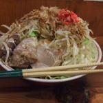 自家製太麺 ドカ盛 マッチョ - 新メニューのまぜそばです。