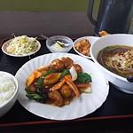 台湾料理 豊源 - 酢豚ランチのスープを+150円で台湾ラーメンに