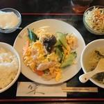 帆船 - 豚肉と玉子とキクラゲ炒め¥850-