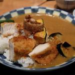 森川 - 日替わり 素揚げ野菜とチキンカツのカレーライス