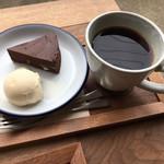 ブルードア コーヒー - 料理写真:
