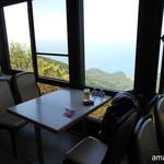 弥彦山ロープウェイ展望食堂 - 日本海を独り占め(笑)