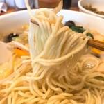 中華風食堂 HANA - 野菜たっぷりそば麺リフト