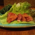 地鶏炭火焼天祥 - 鶏白レバ刺身(数量限定)【1260円】