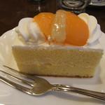 ケーキの西銀 - 梅月堂の「シースクリーム」 シースケーキでは無い こちらが元祖みたいだけどね
