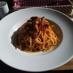 ブランズウィック - チキンとナスのトマトスパゲティ 1280円。