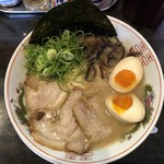博多長浜ラーメン翔龍 - 料理写真:特製ラーメン