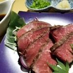 越後酒房 八海山 - 和牛のタタキ(1280円)
