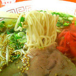 小笹飯店 - ラーメン350円。あっさりしていて食べやすいです。