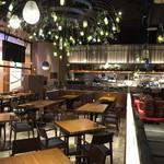 イタリアンレストラン&バル GOHAN - 内観