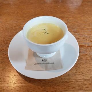 クローバー ボヌール - 料理写真:ポタージュスープ