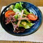 カレー家 たく - セットのサラダ