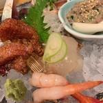 酒菜と炭 てりや - 料理写真:刺身盛合せ(2人前) 2,052円 〜鰹の土佐造り、平目昆布〆、生蛸のカルパッチョ、鰯のなめろう、しめ鯖、子持ち甘海老