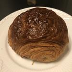 VANER - パン オ ショコラ