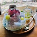 FLAG - 料理写真:青、藍色、紫、藤色、グラデーションが綺麗なかき氷にうっとり♡