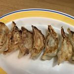 源豊洋行 - 395円の餃子は流行りの小サイズ