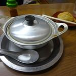 111638125 - 鍋焼きうどん550円