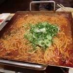 韓のおしり - 鍋のしめは特製麺