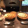 定山渓万世閣 ホテルミリオーネ  - 料理写真:ピザの2種類