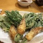 栄寿司 - あしたばちくわ天