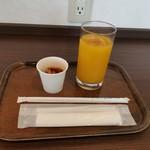 スカイラウンジ菜の花 - 甘甘セット(;^o^)携帯も私も充電