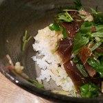 社食堂 - 普通盛のご飯は少ない