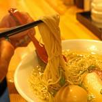 自家製麺 竜葵 - 味玉塩そばの麺