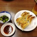 上海亭 - 餃子で一杯はサイコウ!ニンニクサイコウ!