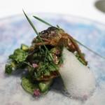 エール - 鮎炭火焼き 鮎塩での胡瓜浅漬けと肝のリエット ハーブの泡 大葉