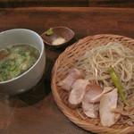 麺道はなもこし - 特製鶏つけそば850円。