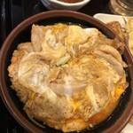 丸亀製麺 - 鶏肉がたくさんで卵はトロトロです