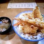 111697194 - 天丼(800円)