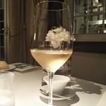 オーベルジュ・ド・リル - 白ワインが好みでした。