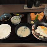 大豆屋 - 料理写真:豆腐揚げ御膳