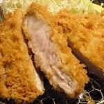 勝烈亭 - 六白黒豚ロースかつ定食 1625円!安い!