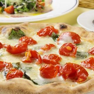 ≪至極の逸品≫小麦の味を楽しむ口どけの良いピッツァ…