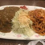 モリノ - デジャブな夢の共演。箸で食べるナポリタン!