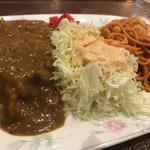モリノ - カレーあっぷっぷ。スパイシー!辛い!旨い! ナポは細麺っても1.6〜1.8ミリ。これが細麺に感じます。