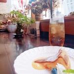 ポルトガル食堂 casa do Fernando - デザートセットは、ドリンクつきです