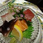 11174568 - 【造り】鯛、しま鯵、マグロ、とり貝、サーモン