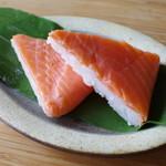 鱒の寿し まつ川 - 料理写真:鱒寿司