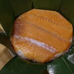 扇一 ます寿し本舗 - 鱒寿司